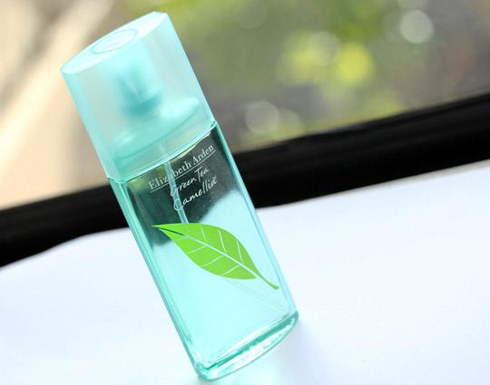 Elizabeth-Arden-Green-Tea-Camellia-1