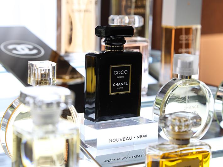 Ý Nghĩa Ẩn Sau Tên Gọi Của Những Chai Nước Hoa Chanel Nữ Nổi Tiếng.