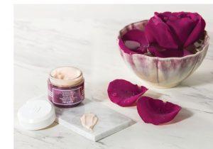 [Review] Kem Dưỡng Tái Tạo Da Sisley Black Rose Skin Infusion Cream Có Gì Đặc Biệt