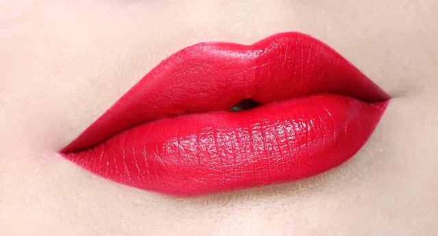 L'Absolu_Rouge_Lipstick_132_-_1.jpg